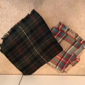 Accessories - Blanket scarves